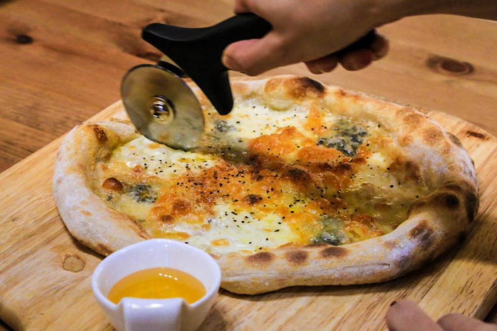 ランチのピザセット